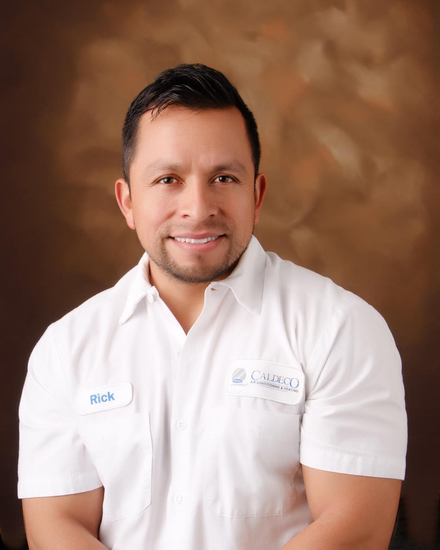 Ricardo A Merida Urizar